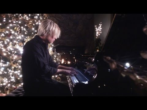 Jarrod Radnich - Virtuosic Piano Solo - I Saw Three Ships