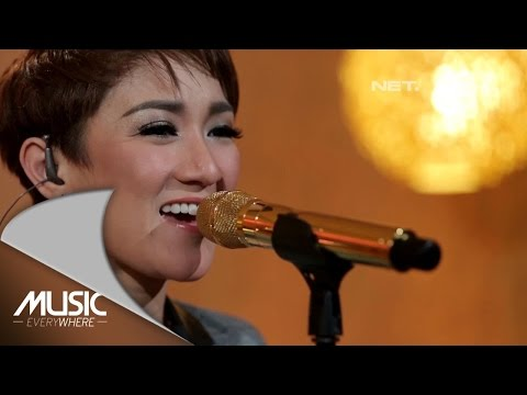 Melly Mono  - Slow Down Baby (She Cover)(Live at Music Everywhere) *