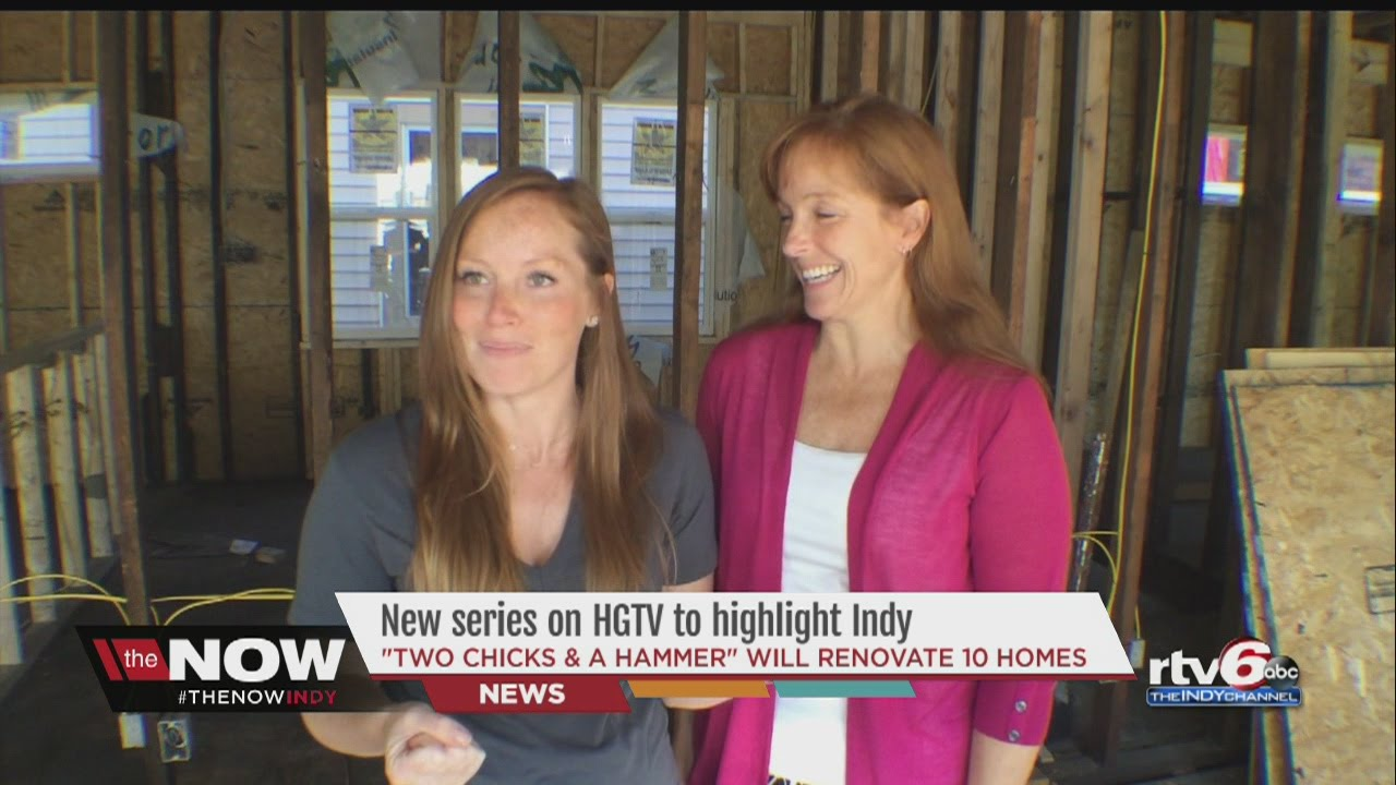 two chicks a hammer mother daughter duo gets own show on hgtv youtube. Black Bedroom Furniture Sets. Home Design Ideas