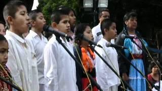 Himno Nacional en triqui y mazateco