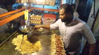 pakistani food street anda shami burger/_Saddam Burger point