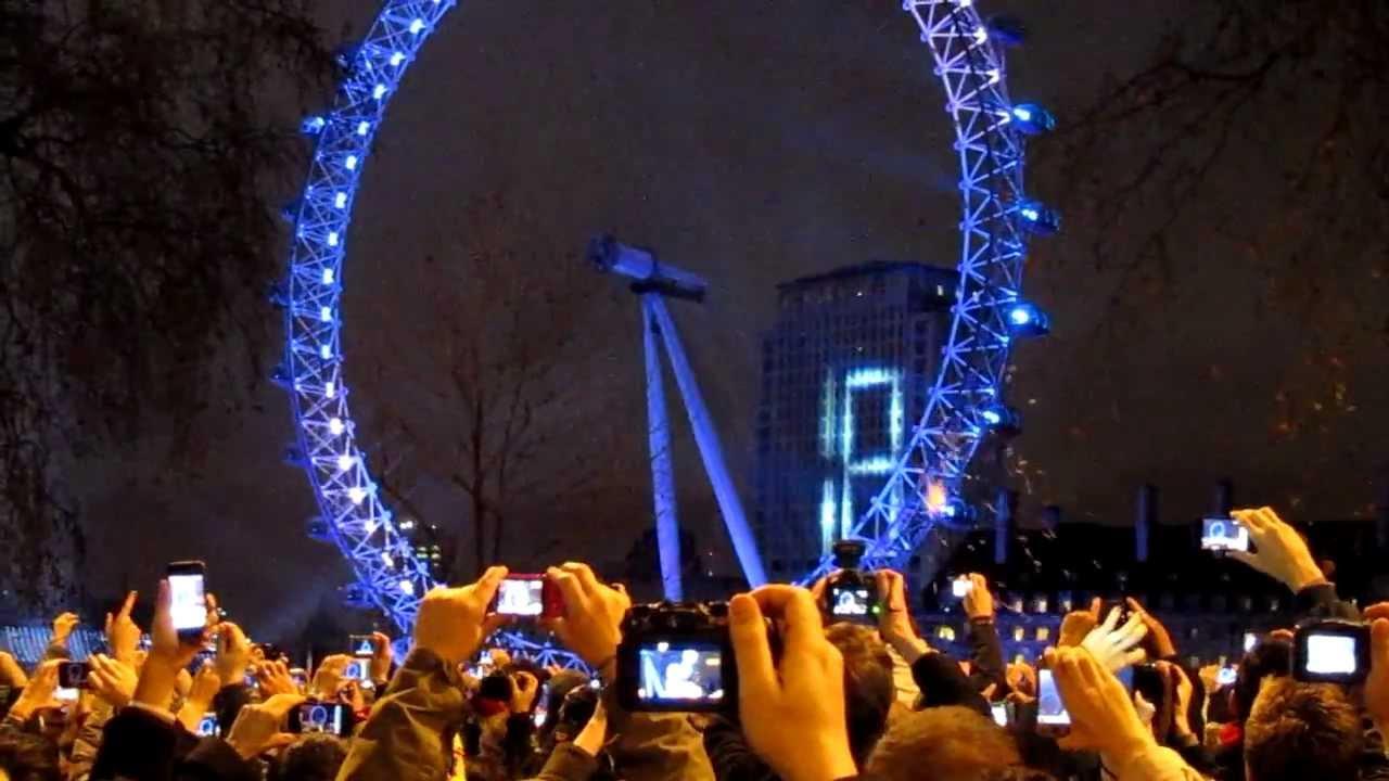 31st night fireworks, London 2012 HD - YouTube