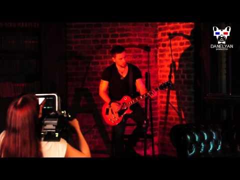 Backstage со съемок клипа на новый трек Оксаны Почепа (Акула) - Мелодрамаиз YouTube · С высокой четкостью · Длительность: 43 с  · Просмотры: более 2.000 · отправлено: 6-5-2015 · кем отправлено: Оксана Почепа