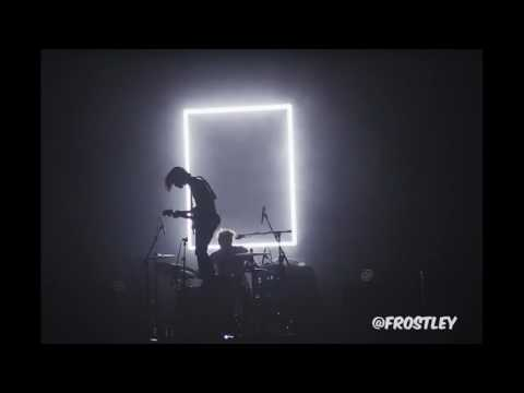 Falling for you by the 1975 would sound like making out in the bathroom of a house party