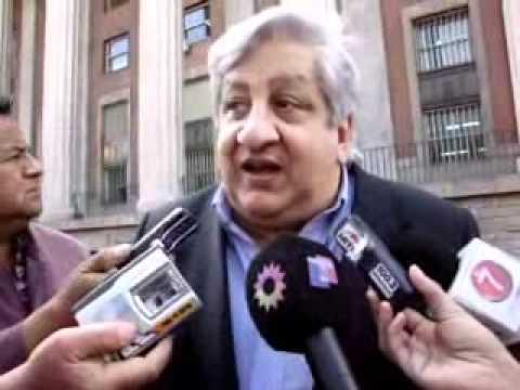 Julio Piumato acusó a los medios y a Barrionuevo de hacer operaciones políticas para bajar a Moyano