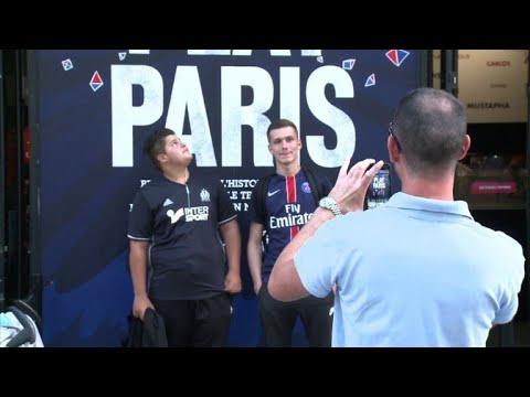 PSG fans eagerly await Neymar in Paris
