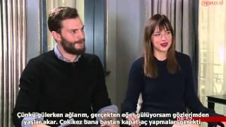 Jamie Dornan ve Dakota Johnsonın  Breakfast Röportajı (Türkçe Altyazılı)