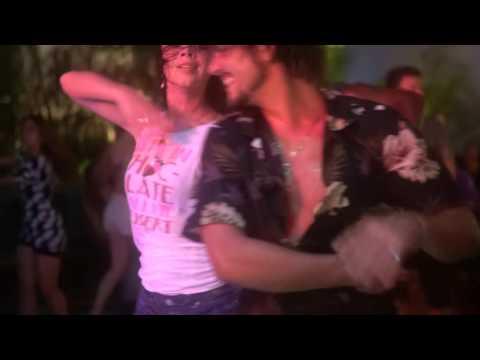 00167 ZoukMX 2016 Social dance Xtine and Kamacho ~ video by Zouk Soul
