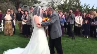 Отец сделал невозможное в день свадьбы дочери