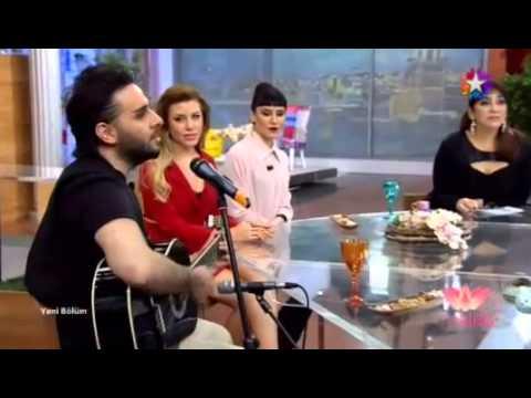 İsmail YK - YARALIYIM & Bağlama  Show (Star Tv 21.03.15)
