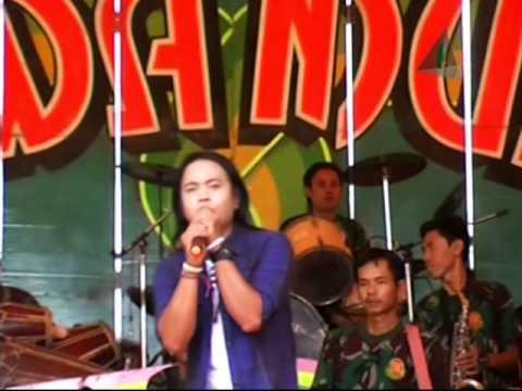 Tekad Pati - Tarling Dangdut Dewa Muda Deles Group (7-10-2014)