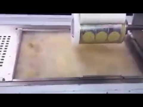 Machine makes falafel