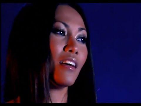 Anggun - La javanaise  (hommage Serge Gainsbourg) / Live dans les années bonheur