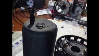 ue boom bluetooth speaker not charging