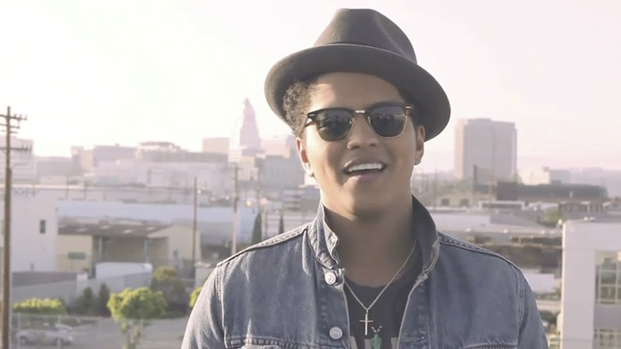 Bruno Mars - The Making Of 'Just The Way You Are' - YouTube