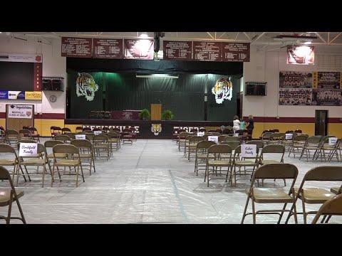 Neelyville High School Graduation 2020