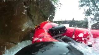 滝壺で死ぬ寸前のガチ映像 パックラフトダウンリバー