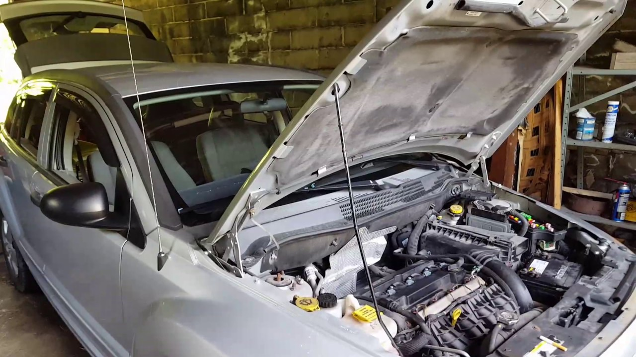 2007 Dodge caliber won't start - YouTube