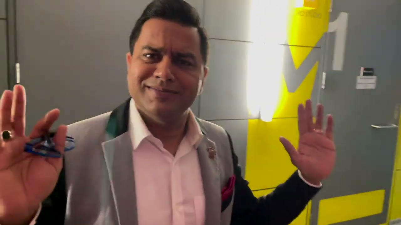 14 Questions with... Aakash Chopra!