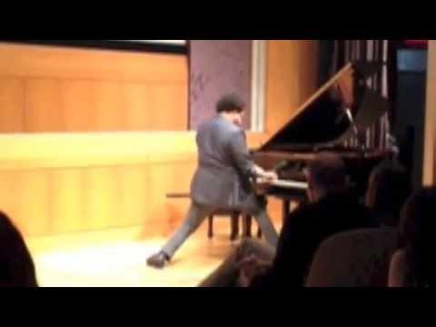ELEW: Rockjazz Pianist Eric Robert Lewis Performs Sweet Home Alabama