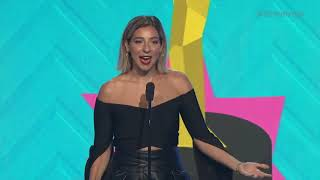 Gabbie Hanna Wins Storyteller - Streamys 2018