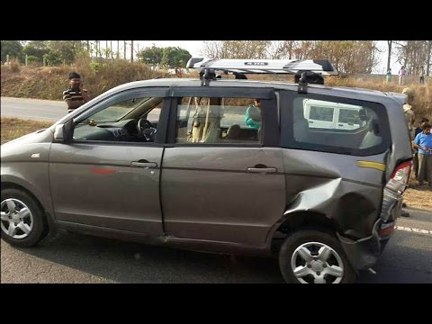 Latest Car Accident of Chevrolet Enjoy in India - Road - Crash - Compilation - 2016 - 2017 - 2018