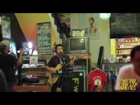 IWAN FALS - SUGALI BY FANDY WD (LIVE LOOPING COVER)