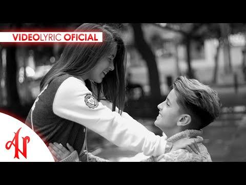 Es Para Mí (Señorita) - Adexe & Nau (Video Lyric Oficial)
