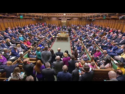 SUPER-SAMSTAG: Hochspannung - Britisches Unterhaus entscheidet über Brexit-Deal