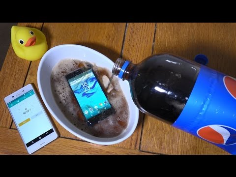 Sony Xperia X Compact - Pepsi Soda Test! (4K)