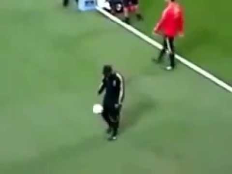 Ronaldinho's Perfect Ball Control