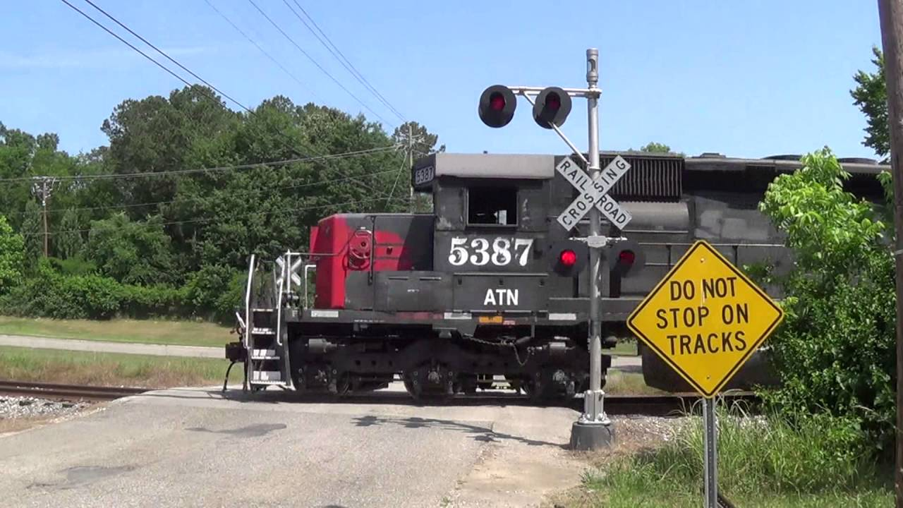 Main Street Railroad Crossing Ohatchee Al Youtube