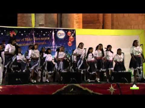 Grupo Coral Carmelitas de Camaná - Corran a Belén
