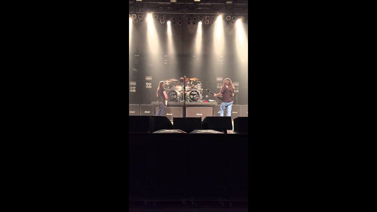 Ted Youtube: Slayer Soundcheck Fargo-Ted Nugent