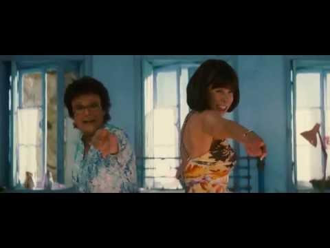 Mamma Mia! (2008) Dancing Queen - Cantata in ITALIANO