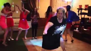 Дикие танцы на свадьбе