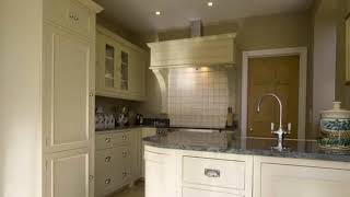 Gambar cover Free Standing Kitchen Cabinets with Drawers Designs