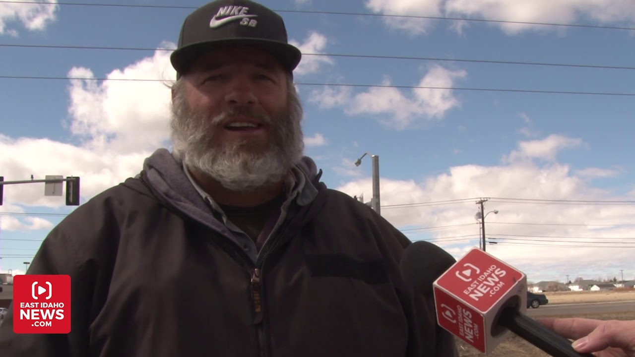 Convicted felon stunned with surprise outside Walmart