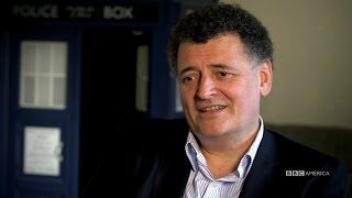 Repeat youtube video Steven Moffat Introduces The 2016 Doctor Who Christmas Special - The Return of Doctor Mysterio
