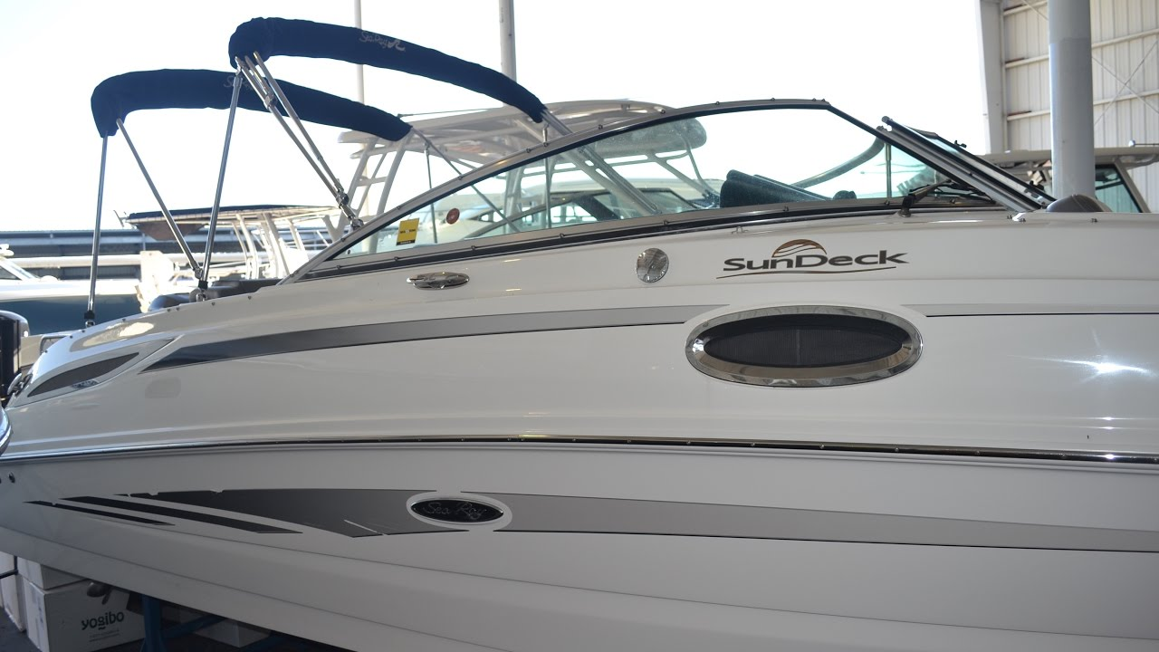 2011 Sea Ray 260 Sundeck Boat For Sale at MarineMax Naples Yacht Center