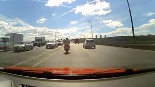 Обучение в городе на мотоцикле