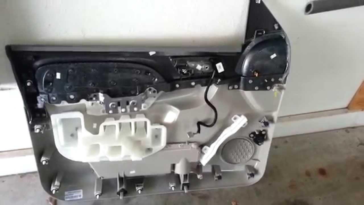 2014 GM Chevrolet Tahoe - Plastic Door Panel Removed To ...
