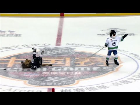 Gotta See It: Amazing mascot penalty demonstration in China