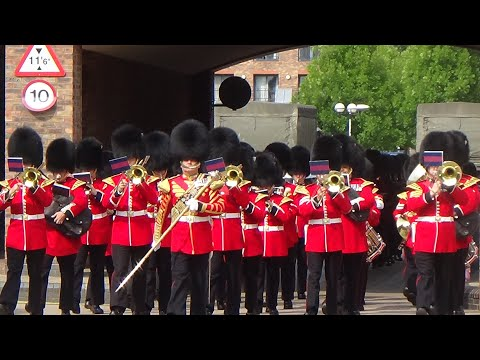 The Band of the Welsh Guards, Changing the Guard at Windsor - 18th August 2016
