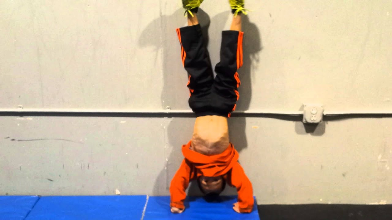 Crossfit Kids Sting Handstand Push Ups Youtube