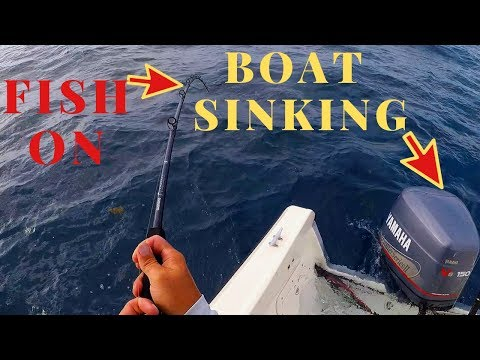 BOAT SINKING WHILE FIGHTING A MASSIVE KING MACKEREL