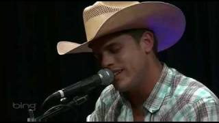 Watch Dustin Lynch Hurricane video