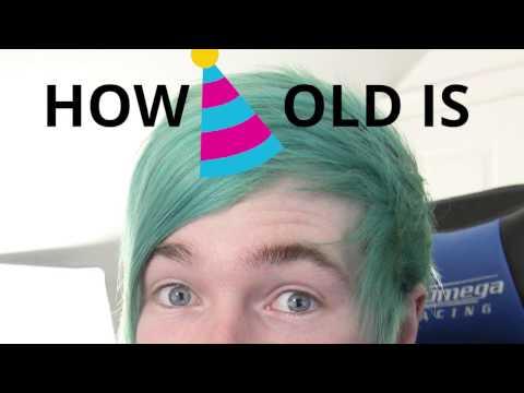 How old is DanTDM (Daniel Middleton)?