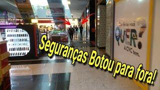 Baixar CANTANDO BEM ALTO NO SHOPPING (DEU RUIM)