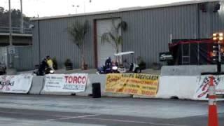 Drag racing my Yamaha FZR600 against a GSXR750
